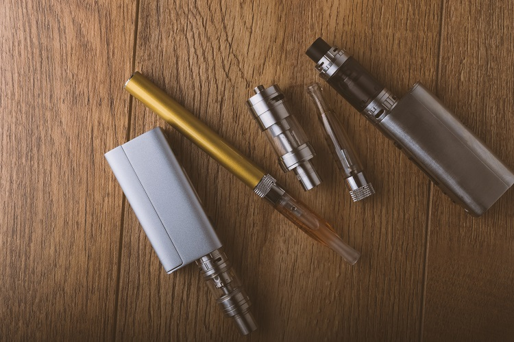 vape pens and e-cigarettes